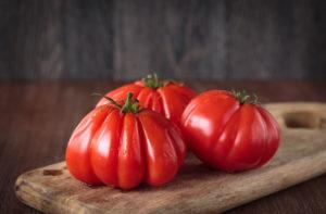 Томат 100 пудов: характеристика и описание сорта, фото, урожайность